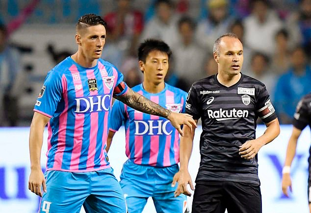 Fernando Torres suffers humiliating defeat in his last-ever game as a professional after Vissel Kobe put SIX past Sagan Tosu  - Bóng Đá