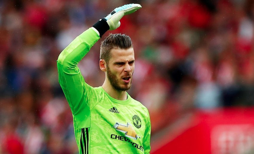 Manchester United 'fear losing David de Gea in January' and are scouring Europe for a replacement goalkeeper - Bóng Đá