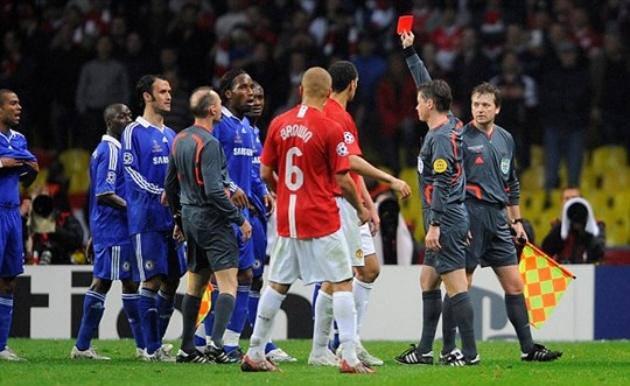 Nemanja Vidic reveals Chelsea striker wanted to punch him in Champions League final - Bóng Đá