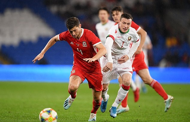 Wales 1-0 Belarus: Daniel James continues fine start to the season by curling home winner in friendly - Bóng Đá