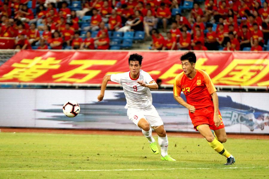 Báo Trung Quốc: Thất bại đáng xấu hổ trước U22 Việt Nam! - Bóng Đá