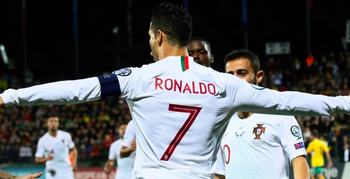 Cristiano Ronaldo scores four: Europe's top international scorer - Bóng Đá
