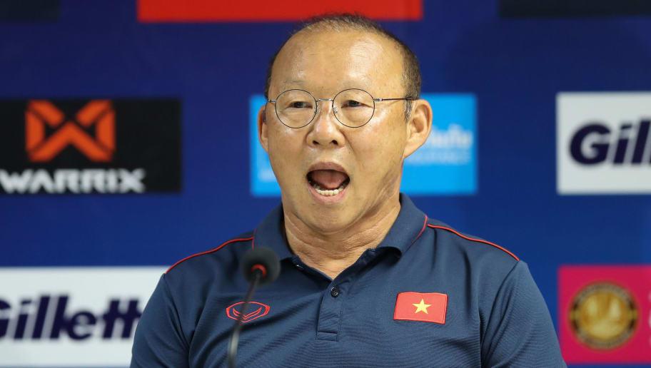 HLV Park Hang-seo chỉ ra 4 cầu thủ nguy hiểm nhất của Indonesia - Bóng Đá