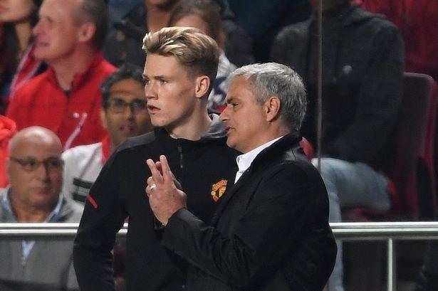 Scott McTominay reveals he still talks to Jose Mourinho after Manchester United matches - Bóng Đá