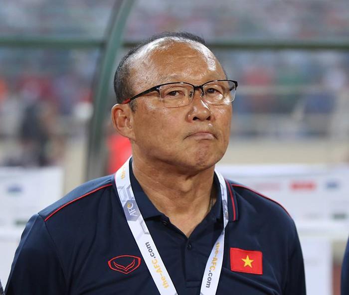 Báo Thái Lan tung tin ngỡ ngàng về hợp đồng của HLV Park Hang Seo - Bóng Đá