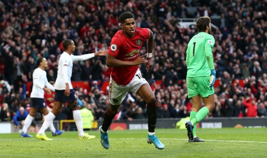 Why VAR did not rule out Marcus Rashford's goal for Manchester United against Liverpool - Bóng Đá