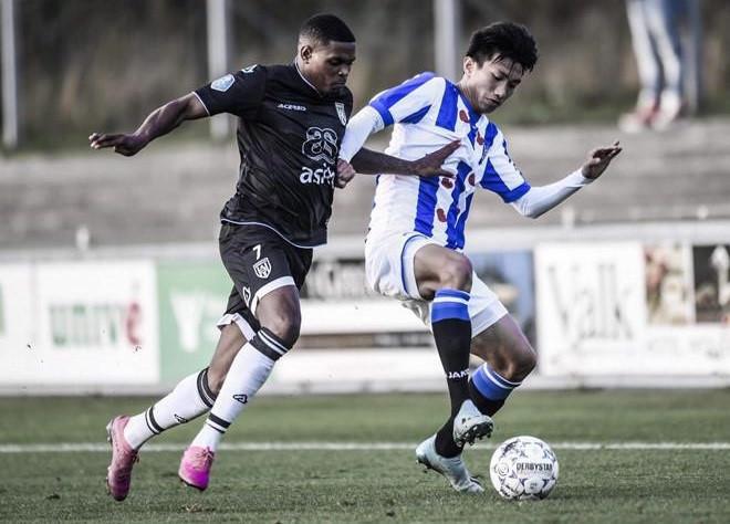 Văn Hậu kiến tạo thành bàn giúp Heerenveen giành chiến thắng - Bóng Đá