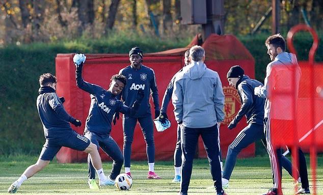 Ảnh tập Man Utd - Bóng Đá