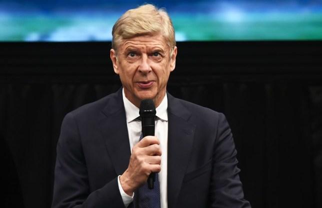 Wenger lên tiếng về tương lai.