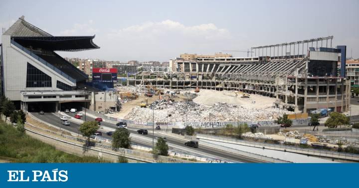 Thánh địa Vicente Calderon của Atletico Madrid hoang tàn không nhận ra - Bóng Đá