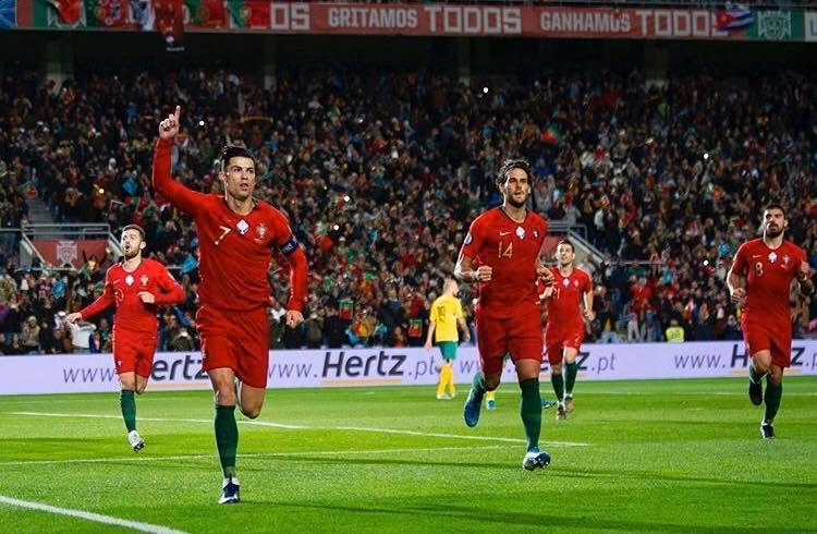 Lập hattrick cực đỉnh, Ronaldo có hành động đặc biệt - Bóng Đá