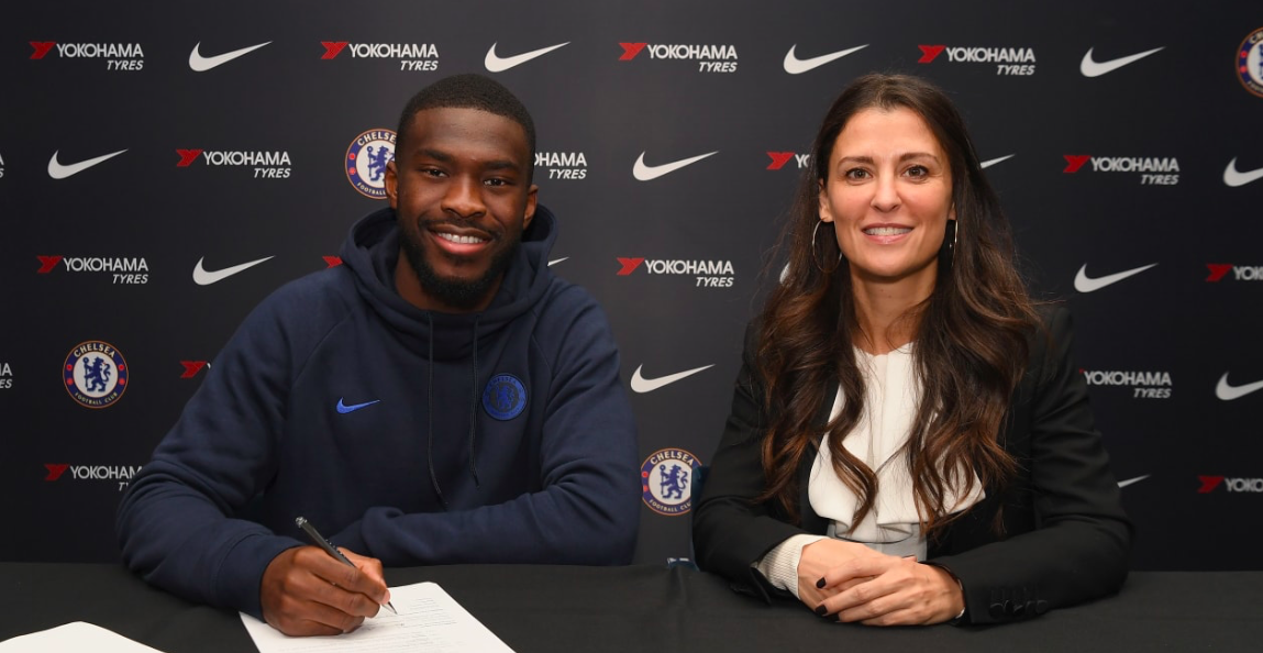 FIKAYO TOMORI signs new deal - Bóng Đá