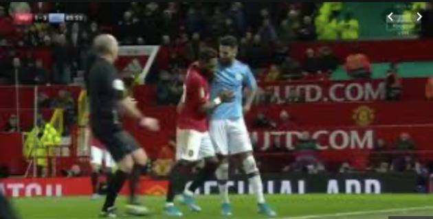 Chỉ 1 hình ảnh gây choáng đủ thấy Man Utd