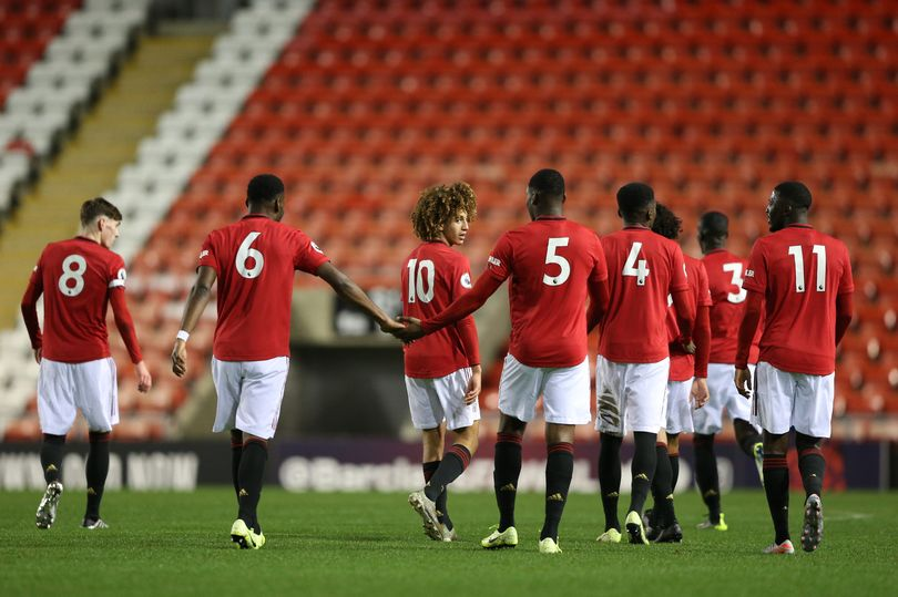 Manchester United get Eric Bailly and Timothy Fosu-Mensah squad boost - Bóng Đá