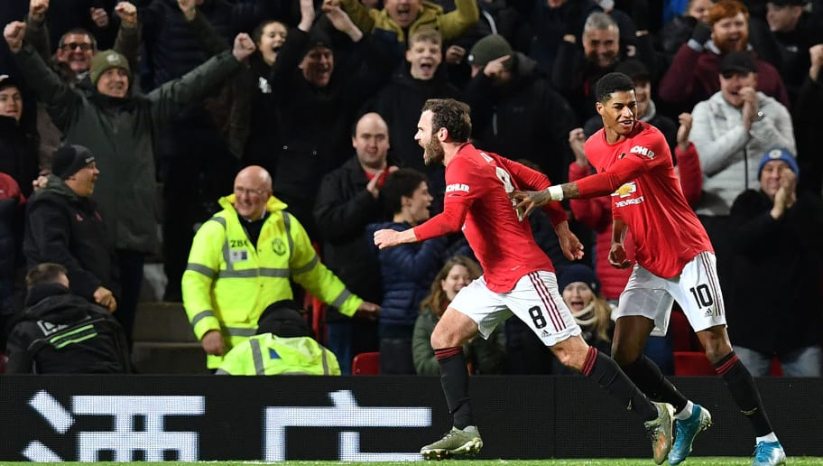 Hạ Wolves, Man Utd phát hiện ra