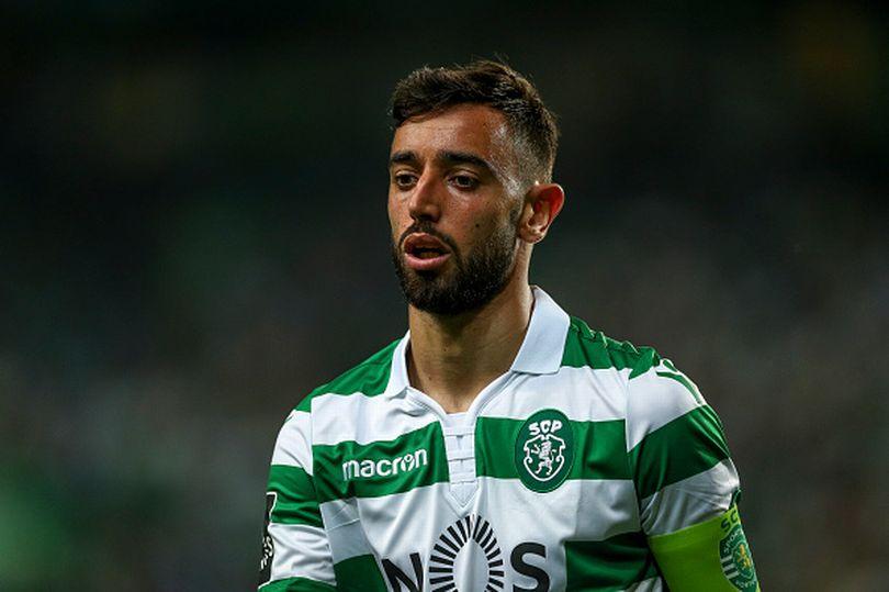 Bruno Fernandes confirmed in Sporting squad tonight despite 'Man Utd transfer request' - Bóng Đá