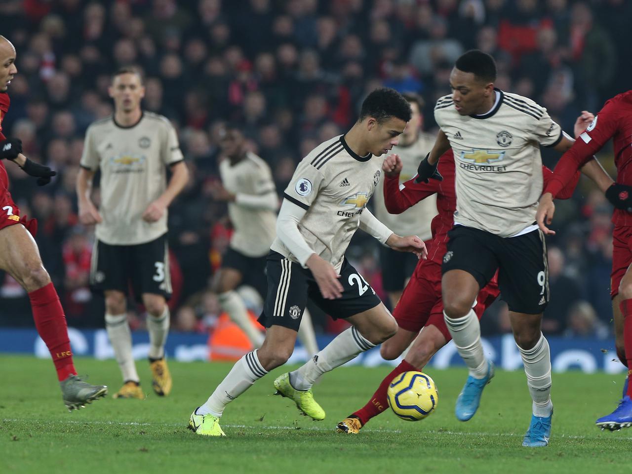 Thua Liverpool, Man Utd coi như đón tân binh mọi CĐV khao khát - Bóng Đá