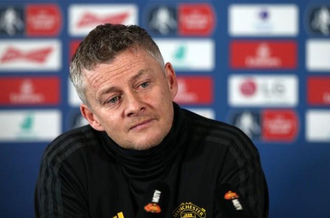 Ole Gunnar Solskjaer says Manchester United must ignore 'outside noise' as pressure grows - Bóng Đá