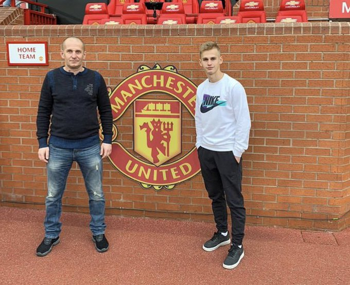 Sergey Pinyaev is at Man Utd. - Bóng Đá