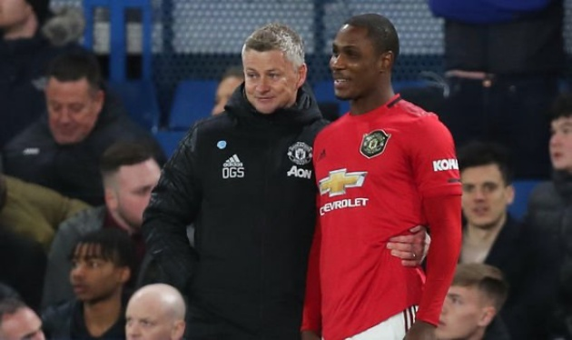 What Odion Ighalo did on Man Utd debut when Chelsea fan told him to 'go back to China' - Bóng Đá