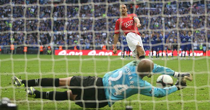 Tim Howard: 'I cried real tears' after 2009 FA Cup heroics vs. Man United - Bóng Đá