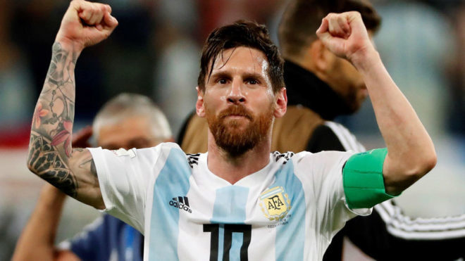Oscar Ustari on Lionel Messi - Bóng Đá