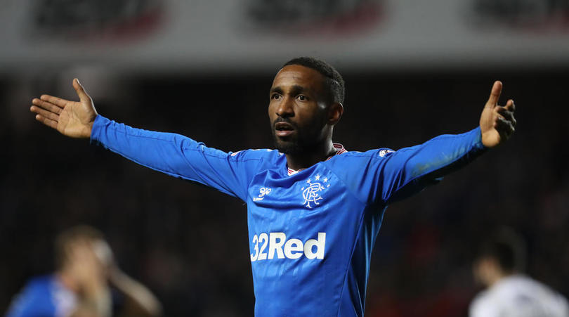 Jermain Defoe: Football is not important while people are dying every day - Bóng Đá
