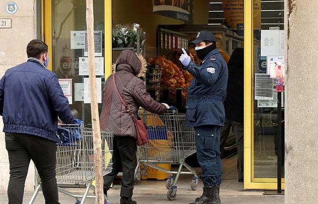 Khung cảnh đáng sợ ở Italia - Bóng Đá