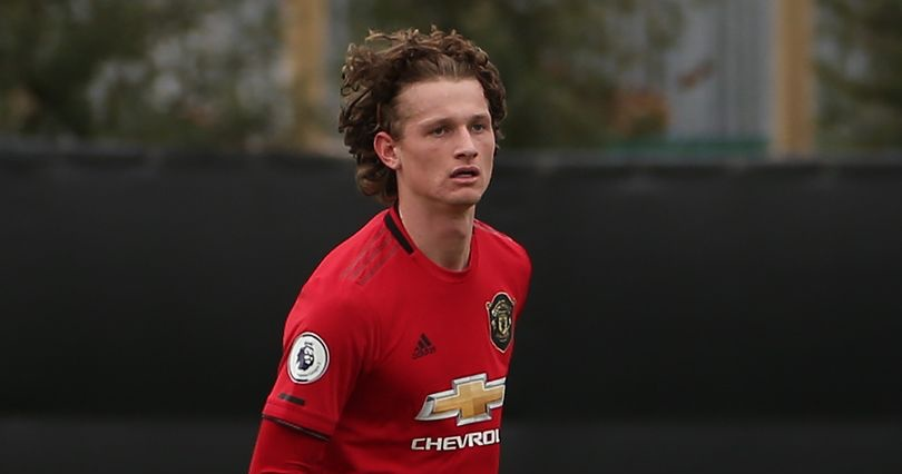 Manchester United confirm player has signed new contract - Bóng Đá