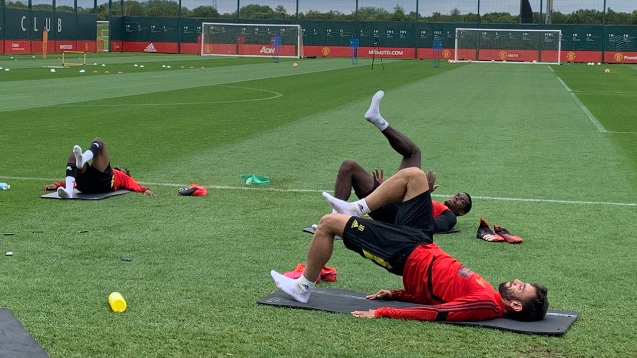 Manchester United stars caught in action ahead of anticipated return - Bóng Đá