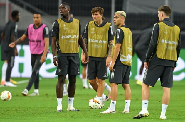 Ảnh Man Utd tập luyện - Bóng Đá
