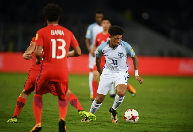 Real Madrid and Barcelona 'could enter the race for Jadon Sancho next year'  - Bóng Đá