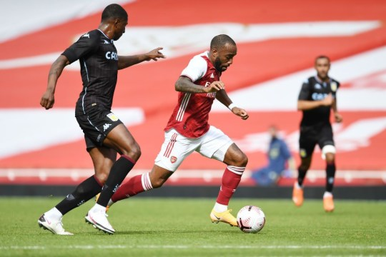 Willian xuất trận, Aubameyang lập cú đúp nhưng Arsenal vẫn thất bại