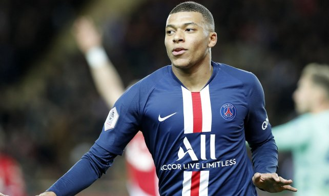Kylian Mbappe transfer could cost Man Utd and Liverpool just £111m but PSG star 'believes Real Madrid is best option' - Bóng Đá
