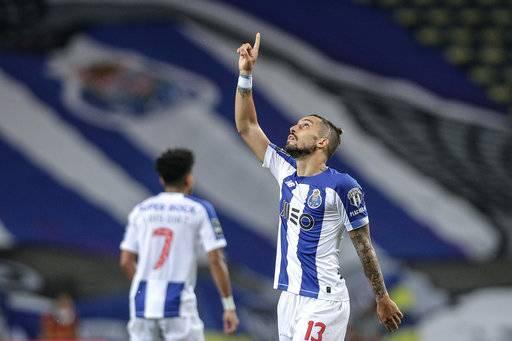 Man Utd 'agree five-year deal with Porto's Alex Telles'  - Bóng Đá