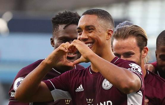 TRỰC TIẾP Man City 2-5 Leicester City (H2): Pháo đài Etihad sụp đổ! - Bóng Đá