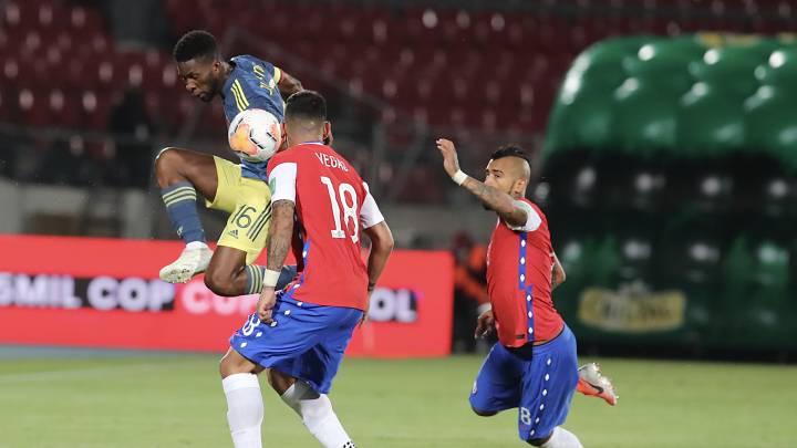2 cựu sao M.U rực ráng, đội của James Rodriguez có trận cầu nghẹt thở trước Chile - Bóng Đá