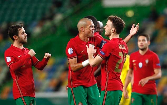 Không Ronaldo, tân binh Liverpool lập cú đúp giúp Bồ Đào Nha thắng đậm - Bóng Đá