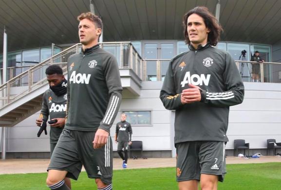 Cavani in Man Utd training - Bóng Đá