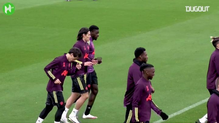 Edinson Cavani drops Manchester United debut hint - Bóng Đá