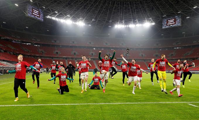 Hungary ngược dòng kịch tính để giành quyền tham dự VCK EURO 2020.