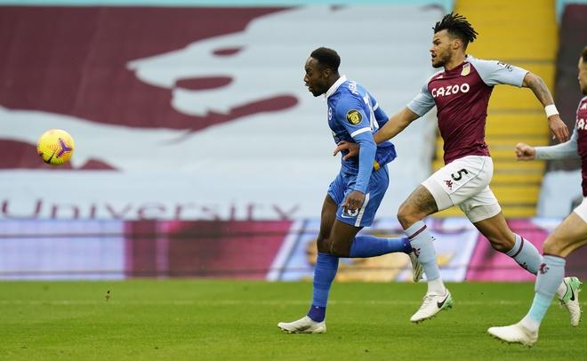 Danny Welbeck lốp bóng giúp đội nhà hạ gục hiện tượng Aston Villa - Bóng Đá