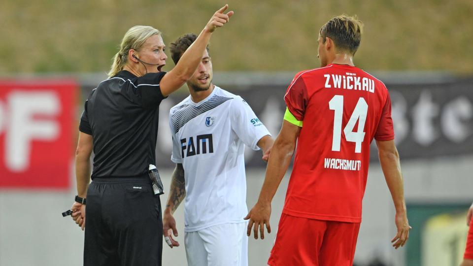 Bundesliga CHÍNH THỨC có