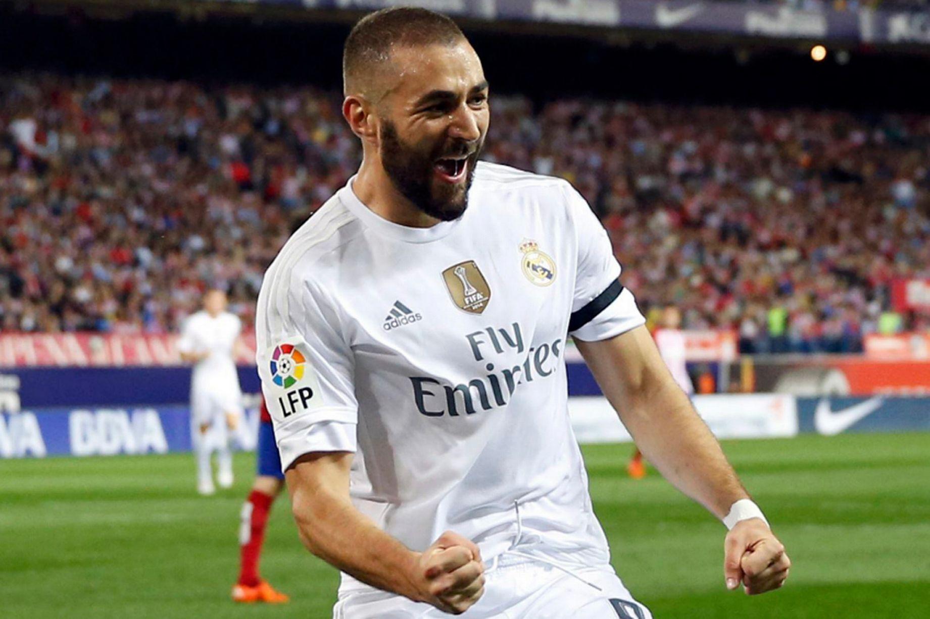 Benzema bất ngờ thả thính ... Real