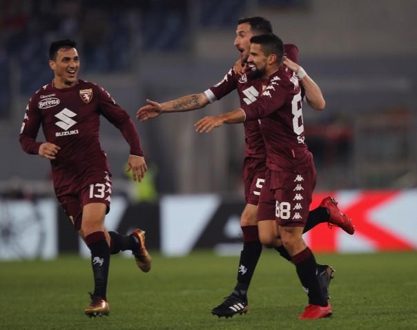 Thất thủ sân nhà, Lazio tan giấc mộng bám đuổi ngôi đầu - Bóng Đá
