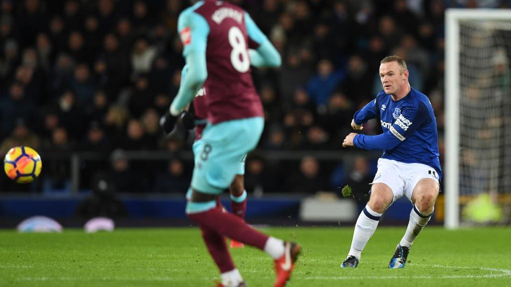 Rooney giành giải thưởng Bàn thắng đẹp nhất tháng 11 của NHA - Bóng Đá