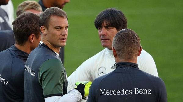 Low lí giải về quyết định chon Neuer - Bóng Đá