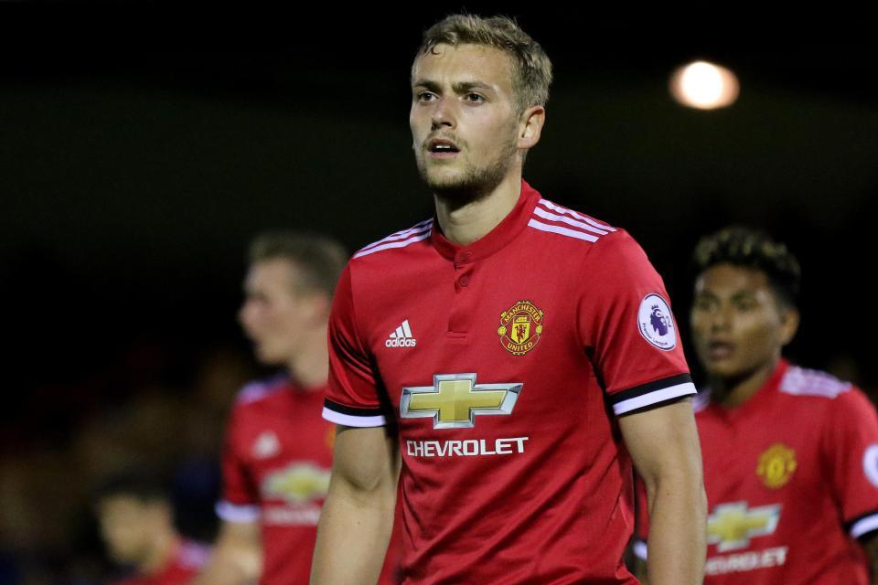 """Mourinho """"bốc"""" dàn cầu thủ trẻ MU lên đá C1 – Arsenal Info"""