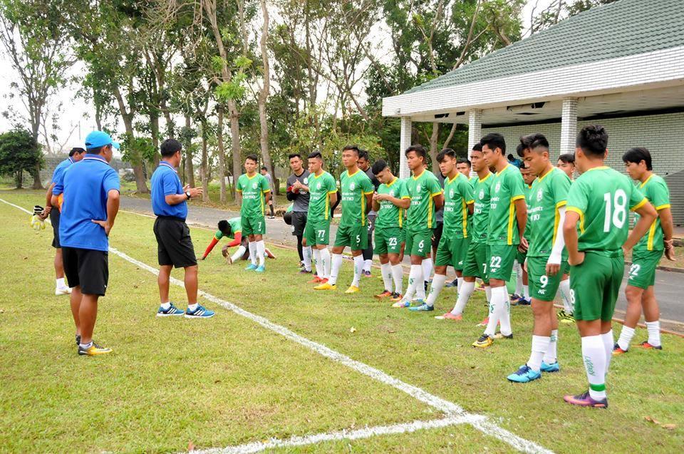 Quang Thanh ghi bàn giúp Long An cầm hòa XSKT Cần Thơ - Bóng Đá