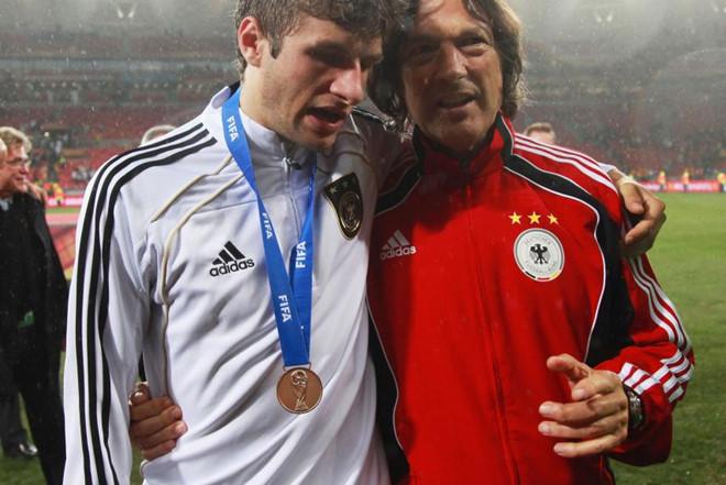 'Thần y' của Bayern Munich kể tội Pep Guardiola
